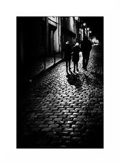 Montmartre (Punkrocker*) Tags: contax aria cy yashica 50mm 5014 ml film kodak trix pushed 1600 nb bwfp monochrome city night people street montmartre paris france