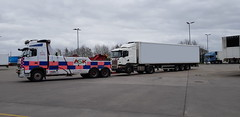 IMG-20190302-WA0020 (JAMES2039) Tags: volvo fm12 ca02tow fh13 globetrotter pn09juc pn09 juc tow towtruck truck lorry wrecker rcv heavy underlift heavyunderlift 8wheeler 6wheeler 4wheeler frontsuspend rear rearsuspend daf lf cf xf 45 55 75 85 95 105 tanker tipper grab artic box body boxbody tractorunit trailer curtain curtainsider tautliner isuzu nqr s29tow lf55tow flatbed hiab accidentunit iveco mediumunderlift au58acj ford f450 renault premium trange cardiff rescue breakdown night ask askrecovery recovery scania bn11erv sla superlowapproach demountable