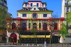 Le Bataclan (Edgard.V) Tags: paris parigi archiecteure arquitetura spectacle concert salle hall teatro theater bar restautant restaurante ristorante
