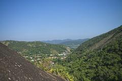 Vista do meio do caminho (mcvmjr1971) Tags: red costão de itacoatiara praia niteroi brasil 2019 escalada trilha mmoraes nikon d800e lens sigma 2435 f20 art