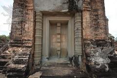 Angkor_Mebon Orientale_2014_13