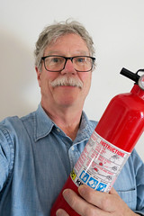 Fire Extinguisher (Eric.Ray) Tags: fire extinguisher 2019 365 canon powershot selfie self portrait arms length wah
