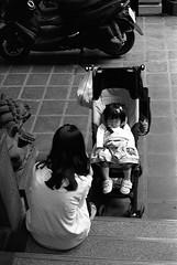 天后宮_4 (Taiwan's Riccardo) Tags: 2018 135film negative bw fujifilmacros100 plustek8200i taiwan slr canoneos3 canonlens stm ef fixed 50mmf18 台北市 西門町 天后宮