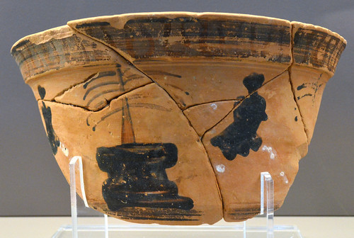 Black Figure krateriskos depicting girls racing or dancing during the Arkteia, 1