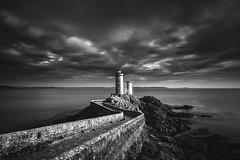 Dusk Lighthouse (frank_w_aus_l) Tags: frankreich petitminou brittany bretagne france coast lighthouse sky sea clouds rocks monochrome nikon d810 nikkor 1635 bw sw blackandwhite bnw longexposure dusk path dark nature coastline plouzané départementfinistère fr