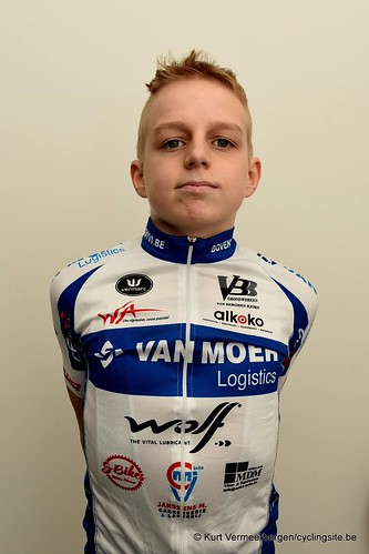 Van Moer Logistics Cycling Team (24)