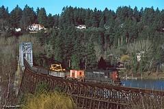 That Willamette River bridge, again (C.P. Kirkie) Tags: milwaukie or usa southernpacific sp sptillamookbranch willametteriver sd9 emd sporegondivision oregon portland trains railroads worktrain branchline