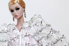 Big Eyes, Big Coat (Bogostick) Tags: poppyparker integritytoys supermodelconvention barbiecollector barbiecoat