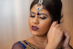 D75_6783 (BWFennell) Tags: nikond7100 nikond7500 bridal bridalfair makeup photoshoot sb700 flash woman female girlsmile pretty headshot