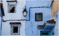 485- VENTANAS - XAUEN - MARRUECOS - (--MARCO POLO--) Tags: marruecos exotismo calles ciudades rincones