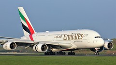A6-EUP (AnDyMHoLdEn) Tags: emirates a380 egcc airport manchester manchesterairport 05r