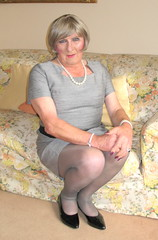 Helengrydrssit-003 (fionaxxcd) Tags: crossdresser crossdressing transvestite trannie tranny