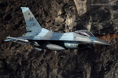 Arctic Aggressor (Ross Forsyth - tigerfastimagery) Tags: f16c generaldynamics fightingfalcon aggressors 18th agrs 18thagrs bluefoxes ak arcticflanker blizzardsplinter bdusplinter arctic usaf lowflying training california usa military