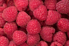Raspberry (donnicky) Tags: background closeup fillingtheframe food freshness fruit healthyeating indoors multipleobjects nopeople publicsec raspberry readytoeat red topview wallpaper d850