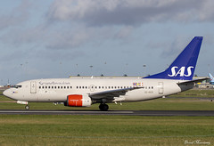 SAS 737-700 SE-RER (birrlad) Tags: dublin dub international aircraft airport ireland airplane airplanes aviation airline airliner airlines airways taxi taxiway takeoff departing departure runway sas boeing b737 737700 7377bx serer stockholm sk536