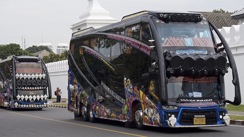 Now this is a bus...