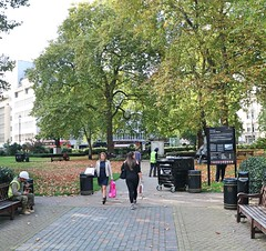 Cavendish Square (Waterford_Man) Tags: cavendishsquare london gardens green trees people bench path