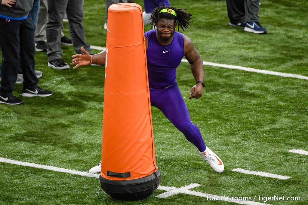 Clemson Photos: Albert  Huggins, 2019, Football