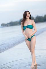 DSC_8869 (Robin Huang 35) Tags: 亞庇縣 沙巴 馬來西亞 my 謝立琪 kiki sabah malaysia 丹絨亞路 海邊 海灘 沙灘 beach 泳裝 比基尼 bikini 遊拍 人像 portrait lady girl nikon d850 亞庇