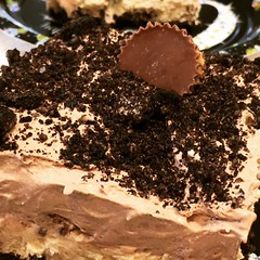 Happy First Day Of Spring..... (steamboatwillie33) Tags: food dessert 2019 homemade nobake peanutbutter creamcheese chocolate peanutbuttercups addictive delicious familyfavorite afulllayerofchoppedpbcups cookiecrust whipped topping