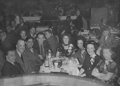 Night out in Chicago 1938 (masMiguel) Tags: chicago latinquarter vintage blackandwhite canoncanoscan9000f