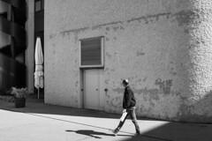 streets of Aarau (Thomas Wyser) Tags: aarau sw schwarzweiss streetphotography streetsofmine shadows people schatten fuji fujifilm fujix100f fujifilmphotography blackandwhite blackwhite bw architektur architecture hotel sorellhotelaarauerhof aarauerhof schweiz switzerland walls stairs wendeltreppen fassaden