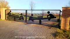 Gates of  Coneygear Park (Seen from outside), Huntingdon 17th March 2019 (D@viD_2.011) Tags: gates coneygear park huntingdon 17th march 2019