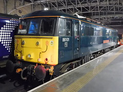 Caledonian 86101 Sir William Stanier F.R.S, Glasgow Central (22/02/2019) (3) (David Hennessey) Tags: class 86 electric locomotive 86101 sir william stanier frs caledonian sleeper glasgow central