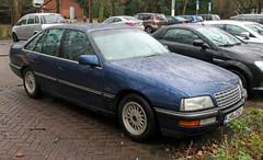 Senator (Schwanzus_Longus) Tags: bremen riensberg german germany modern car vehicle sedan saloon opel senator