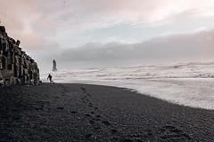 Hit the bottom and escape (jonathan_percy) Tags: iceland blacksandbeach xpro2 reynisfjara vík víkímýrdal reynisdrangar 2016 southiceland fujifilm reynisfjall