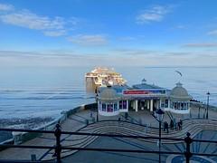 A winter's afternoon   Cromer   Pier (rosberond) Tags: cromer norfolk seaside coast winter afternoon sea sky iphonexs gull