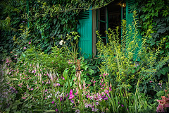 Once upon a time... (Ruth Flickr) Tags: europe france giverny monet artsy garden green holiday house impression lush painterly pink shutter summer window