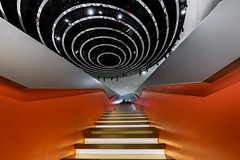 POMP (rainerralph) Tags: fe281635gm sonyalpha colorful architektur architecture sony interieur stair a7r3 treppe