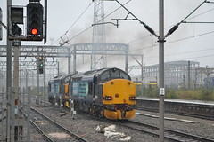 Direct Rail Services 37606 & 37602 (Will Swain) Tags: crewe station 20th september 2018 cheshire north west south county train trains rail railway railways transport travel uk britain vehicle vehicles england english europe direct services 37606 37602 class 37 602 606