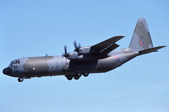 XV299 Brize Norton 24-7-1986 (Plane Buddy) Tags: xv299 c130 hercules raf ltw brize