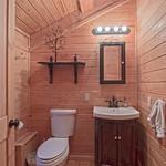 "Cabin in Gatlinburg, TN <a style=""margin-left:10px; font-size:0.8em;"" href=""http://www.flickr.com/photos/132885244@N07/33695555408/"" target=""_blank"">@flickr</a>"