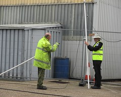 Pete Rainey and Kevin Packard sort out the cabling at Hangar 5, VRT HQ Southend Airport on 17.06.18 (Trevor Bruford) Tags: vrt vulcan restoration trust xl426 southend airport avro nuclear bomber cold war plane jet aircraft airplane aviation raf tin triangle delta lady royal air force volunteers engineers