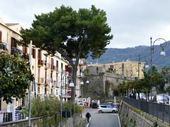 Via degli Aranci (chdphd) Tags: sorrento campania italy