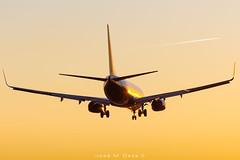 Ryanair B737-8AS EI-FRW (José M. Deza) Tags: 20190216 b7378as bcn boeing eifrw elprat lebl planespotting ryanair spotter aircraft