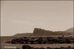 così vicini,così lontani (imma.brunetti) Tags: bacoli capomiseno miliscola campania napoli mare scogli panorama cielo procida ischia orizzonte seppia