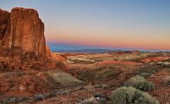 Red Crag (Rob McC) Tags: landscape dusk goldenhour sandstone crag rock light nevavda usa valleyoffire