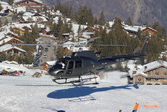 IMG_3785 (Tipps38) Tags: hélicoptère aviation photographie montagne alpes avion courchevel neige helicopter 2019 planespotting