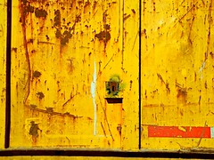 Yellow (Studio d'Xavier) Tags: yellow rust oxidation surface weathered
