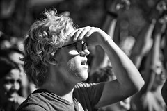 be the light that helps others see (gro57074@bigpond.net.au) Tags: profile candidportrait euphoria glasses man 2018 november newtownfestival f28 70200mmf28 nikor d850 nikon bethelightthathelpsotherssee guyclift bw monotone monochrome mono blackwhite newtown music rave festival blinded sight see hardlight shadow light