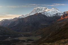 Luce sulle cime (cesco.pb) Tags: passodelsempione simplonpass fletschhorn alba dawn sunrise switzerland svizzera alps alpi vallese canon canoneos60d tamronsp1750mmf28xrdiiivcld montagna mountains