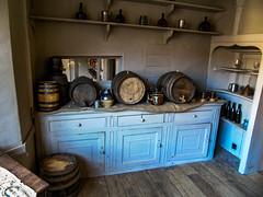 18th Century Inn (Oxford Murray) Tags: oxfordmurray sundaymornings stowe nationaltrust hostelry barrels history heritage beer realale georgian newinn pub