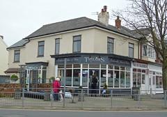 Taylors - Hillside, Southport. (garstonian11) Tags: pubs merseyside southport realale hillside