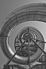 (Franck.Robinet) Tags: spiral spirale stairway staircase bnw bw monochrome hdr colimacon curved curves light pov dof snail sky architecture city blackandwhite