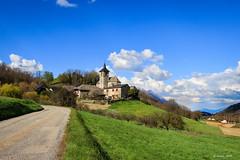 Le Village... (Savoie 04/2019) (gerardcarron) Tags: saintjeanpiedgauthier canon80d village campagne printemps landscape nature nuages paysage spring savoie