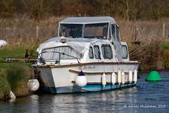 Small Boat (Ashley Middleton Photography) Tags: lechladeonthames riverthames boat boats england europe marine river transportation unitedkingdom wiltshire gloucestershire